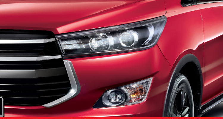 Automatic LED Projector Headlamps, LED Daytime Running Lights and Front LED Fog Lamps