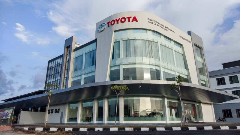 Toyota Malaysia Service Centre and Dealership Car Showroom